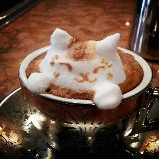 Japanese latte art