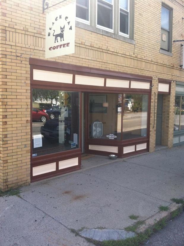 Black Cat Coffee opens in Portland, Maine.