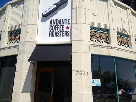 Andante coffee roasters opens in LA
