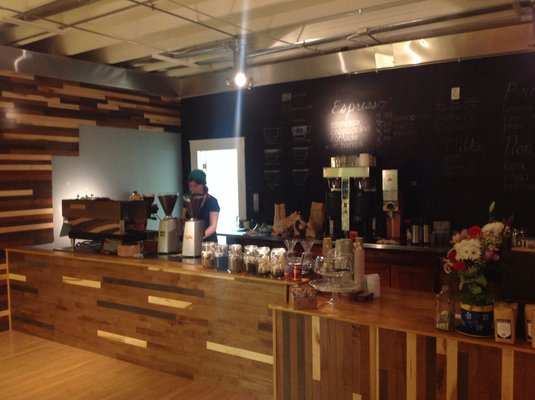 First Look: Hansa Coffee Roasters Opens Bar and Roastery North of Chicago