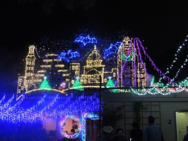 Mozart's christmas light show on Lake Austin