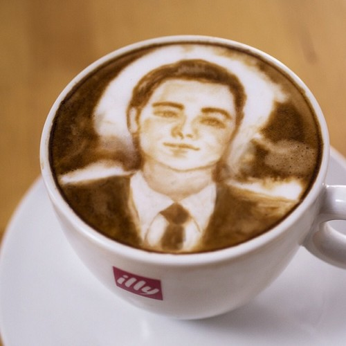 Leonardo DiCappuccino? A Latte Art Oscar Tribute by Mike Breach