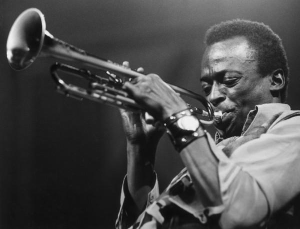 miles davis trumpet jazz
