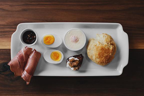 plen air cafe chicago breakfast
