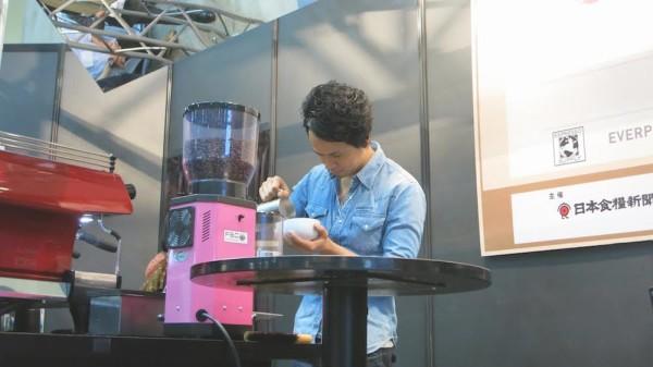 Junichi Yamaguchi coffee latte art