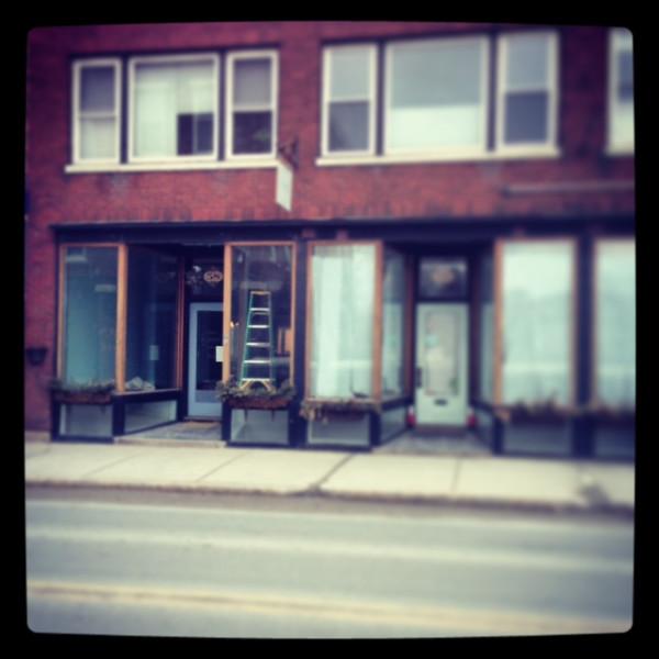 cursive coffee shop middlebury