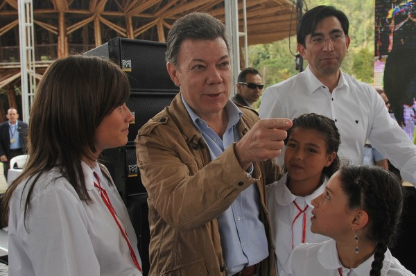 colombian coffee industry president santos
