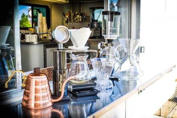 misfit_coffee_brewing