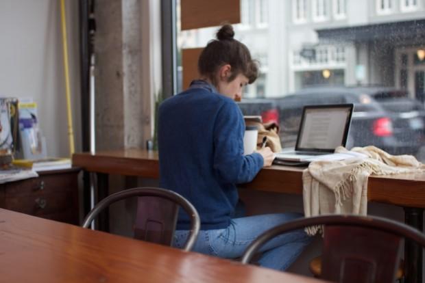 lady-in-coffeeshop-laptop-writing.jpg