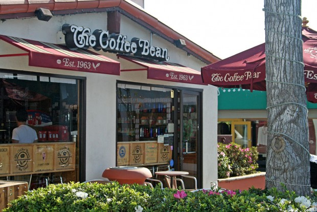 Former Johnny Rockets Head John Fuller Joins Coffee Bean & Tea Leaf