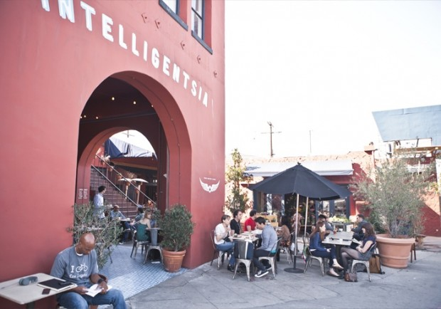 Peet's Coffee & Tea Acquires Majority Stake in Intelligentsia