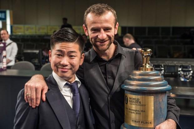Sestic with 2014 World Barista Champion Hidenori Izaki of Japan.
