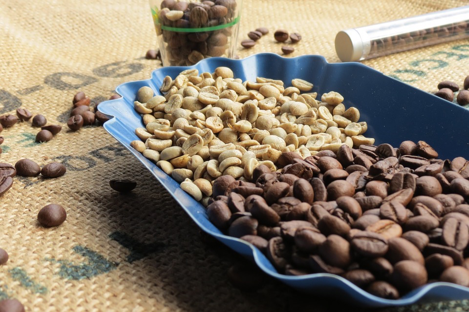 For small quantity shipments daily coffee news by roast magazine
