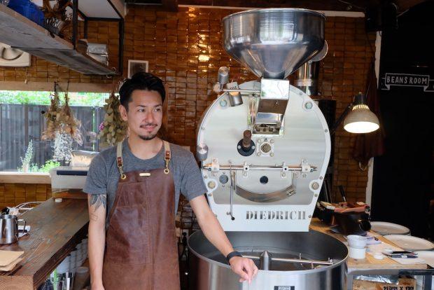 Tokyo Coffee Profiles: Sakao Atsushi of Onibus Coffee
