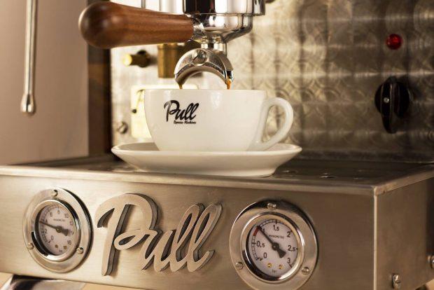 pull espresso cup