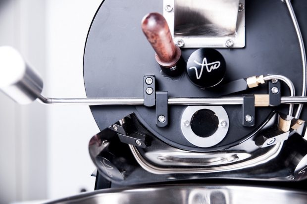 Crop to Cup Introduces The Arc, a Stylish 700g Roasting Machine