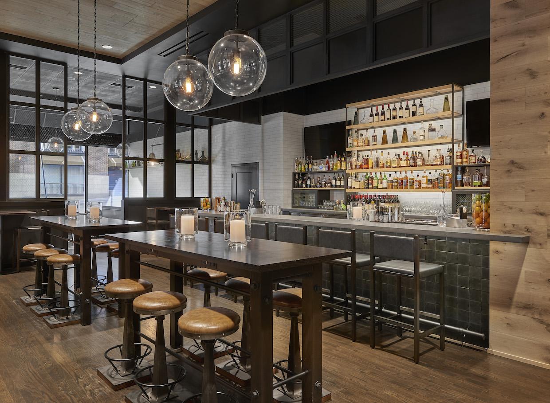 The bar at Tavernonna.