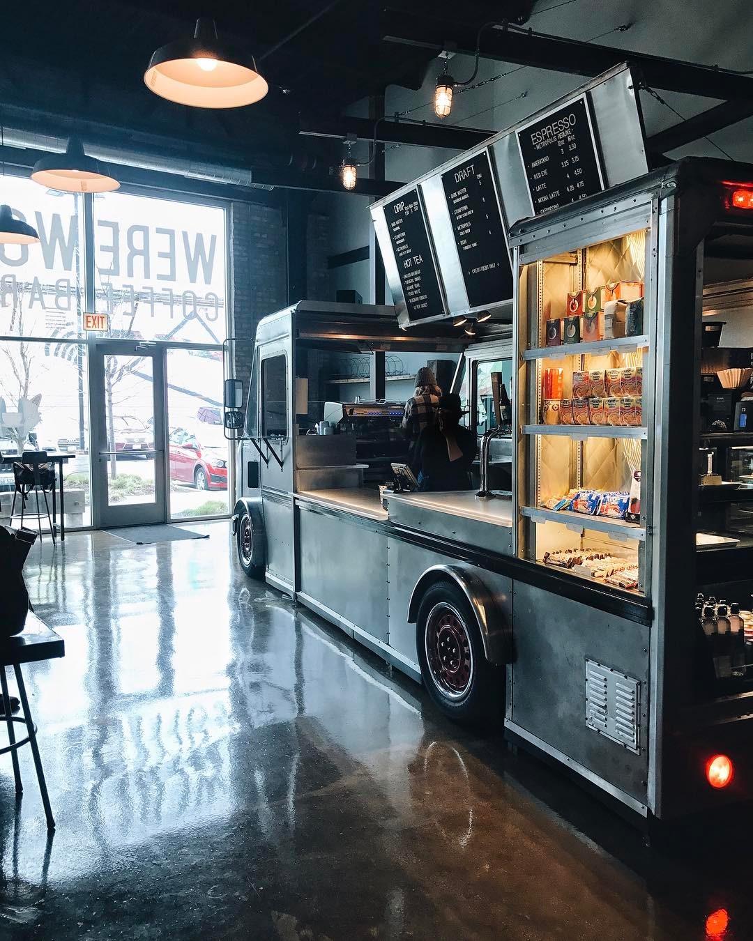 werewolf coffee bar chicago
