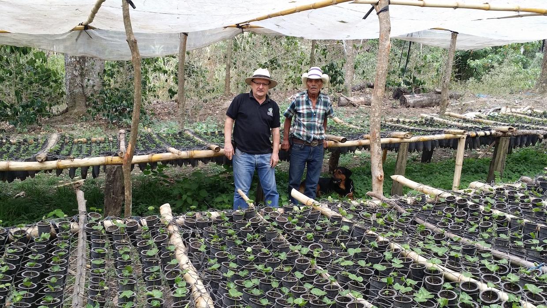 Gonzalo Adán Castillo Moreno (left) at Finca Las Promesas de San Blas in Nicaragua.