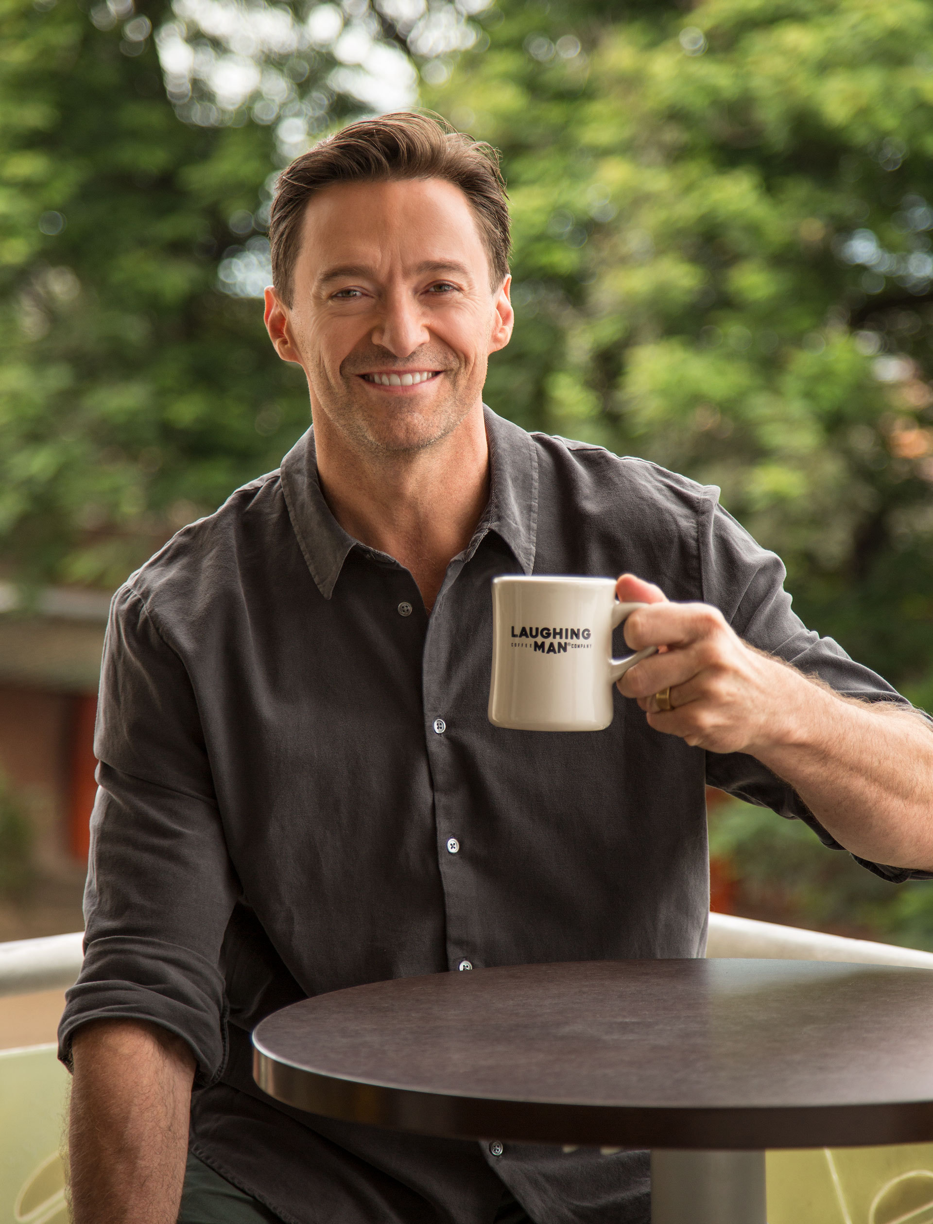 актеры пьют кофе картинки поспорили