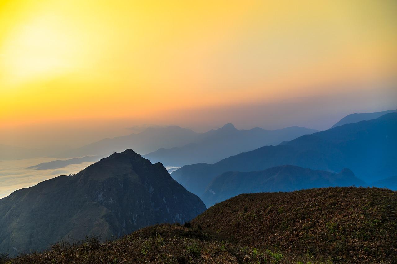 laos salt mountain