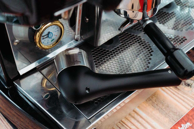 Cafelier espresso group cleaner