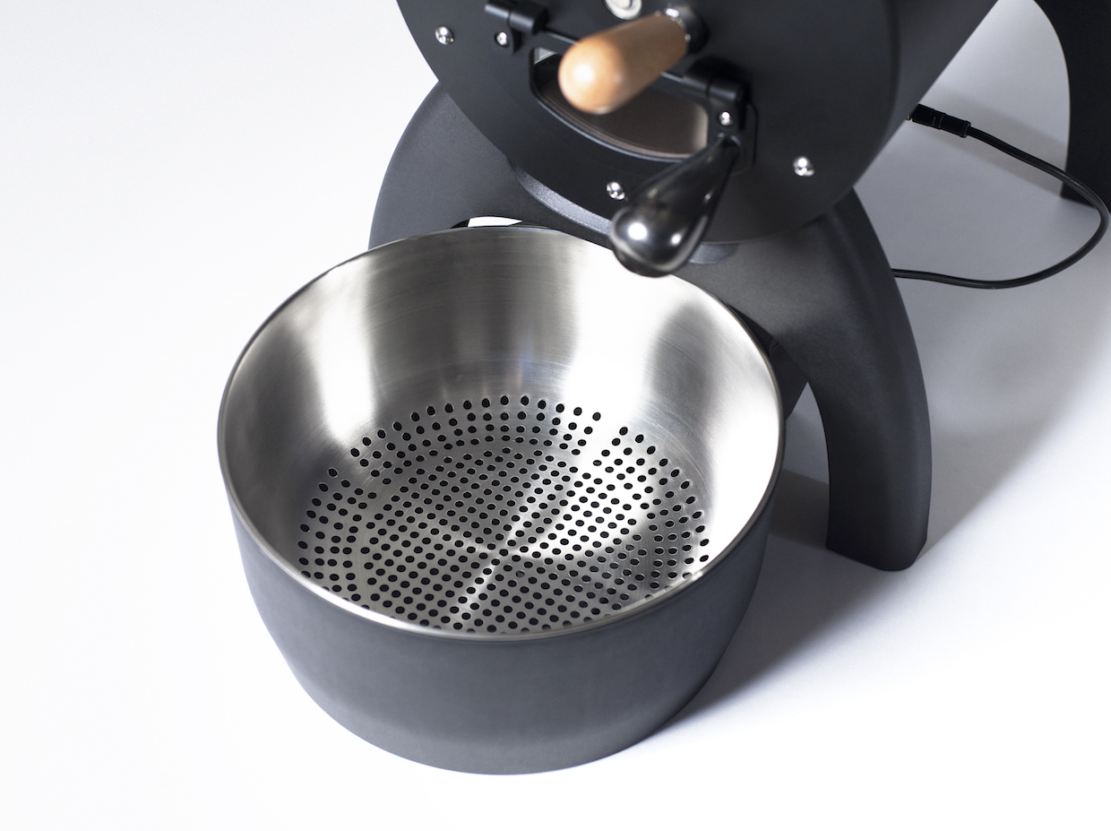 Aillio Bullet coffee roaster