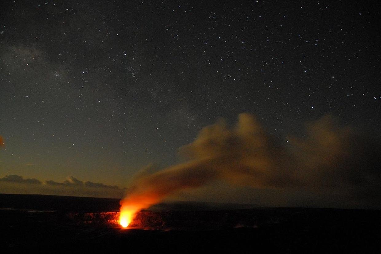 active volcano in hawaii glowing eruption