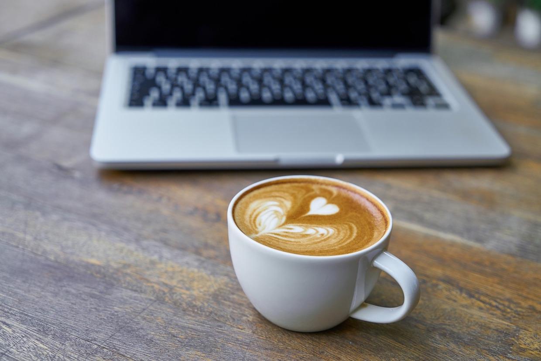 laptop_cafe