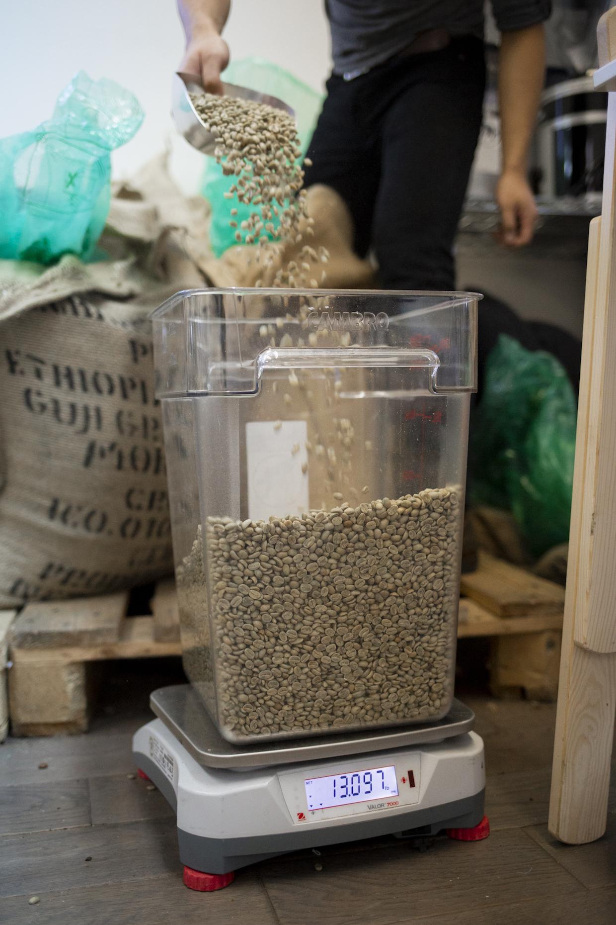 green coffee weighing