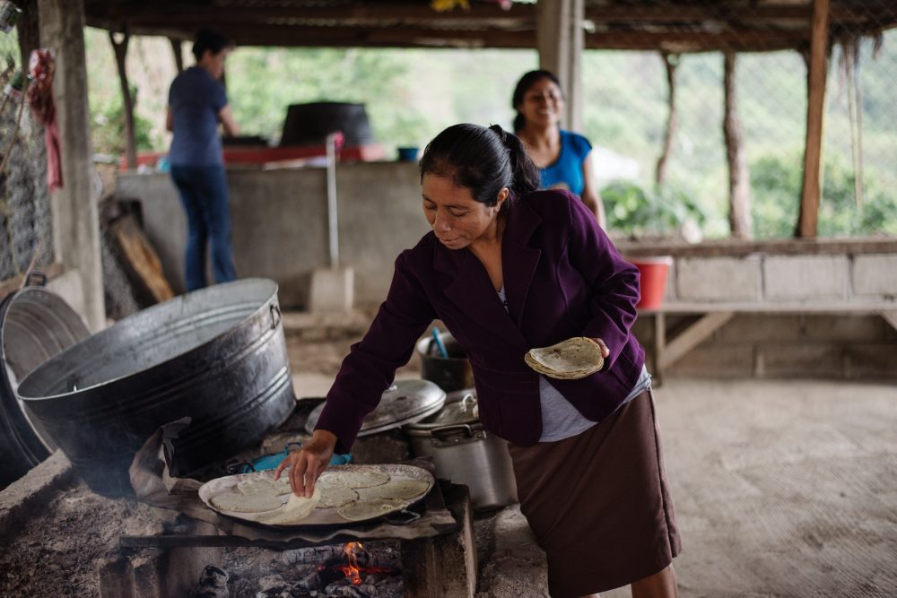 Women-are-leading-the-way-to-healthier-locally-produced-food.-Chiapas-Mexico.-Photo_-Julia-Luckett-1000×667