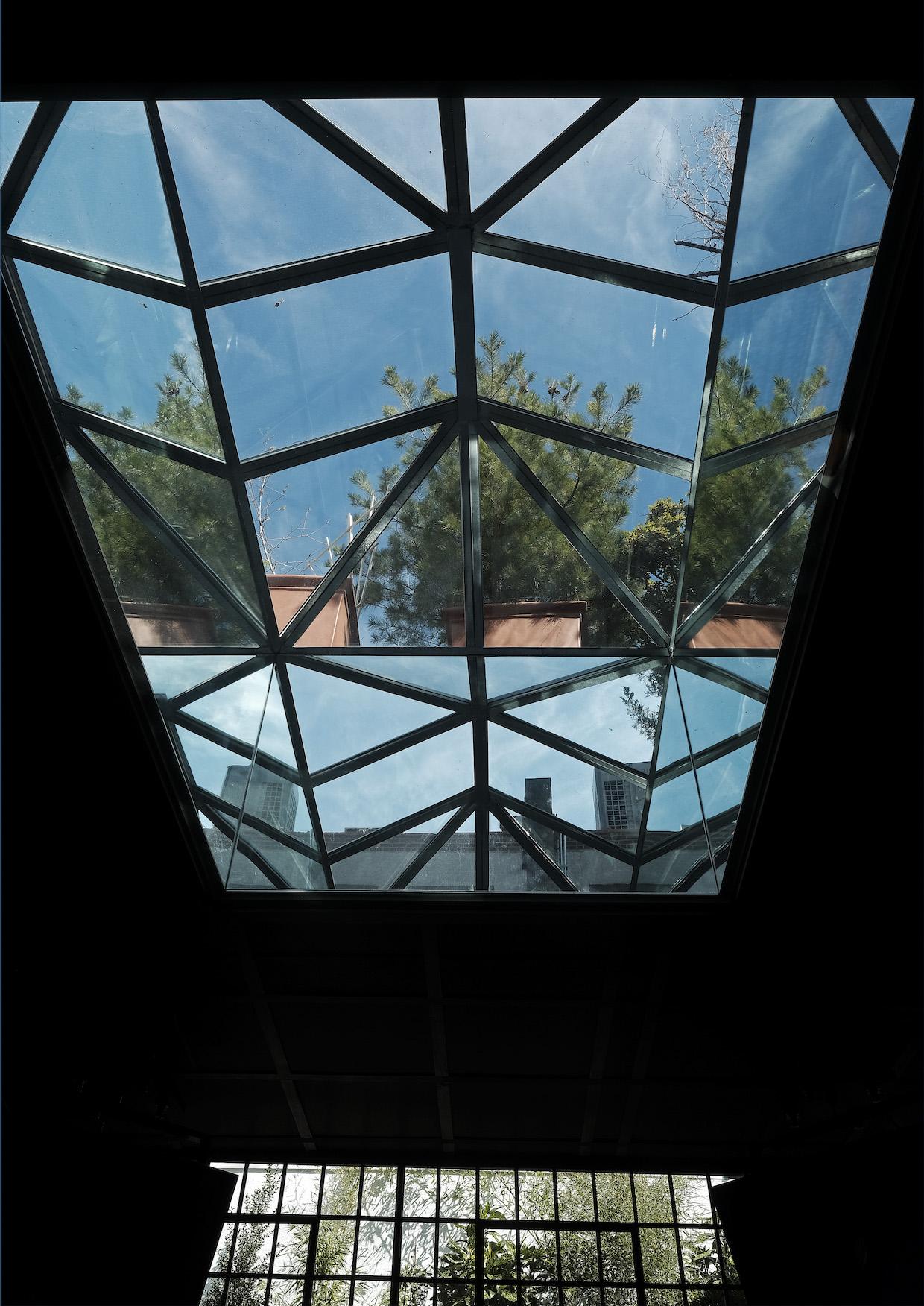 cafe skylight