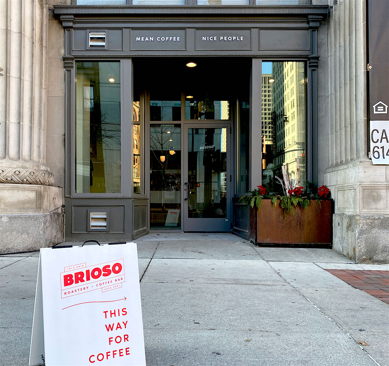 Brioso Coffee Columbus outside