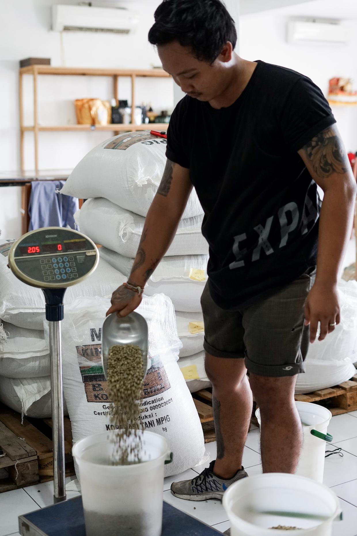 Expat coffee roaster