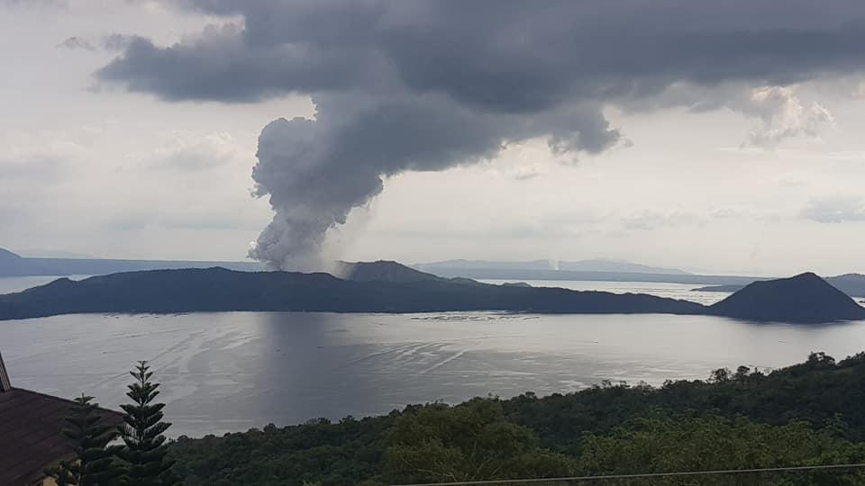 Taal_Volcano_-_12_January_2020