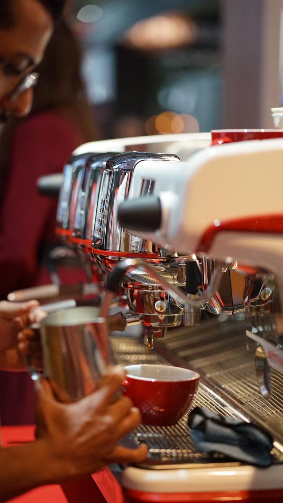 La Cimbali M100 Attiva espresso