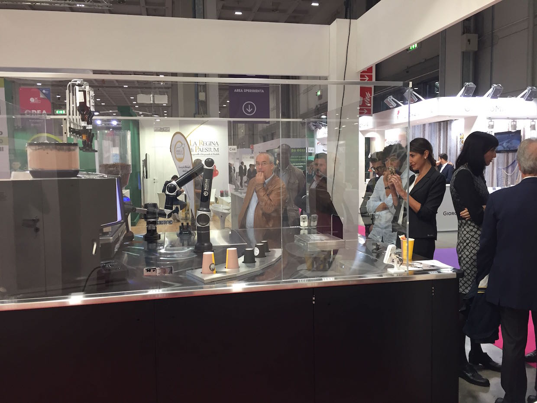 Rozum Cafe Robot 1