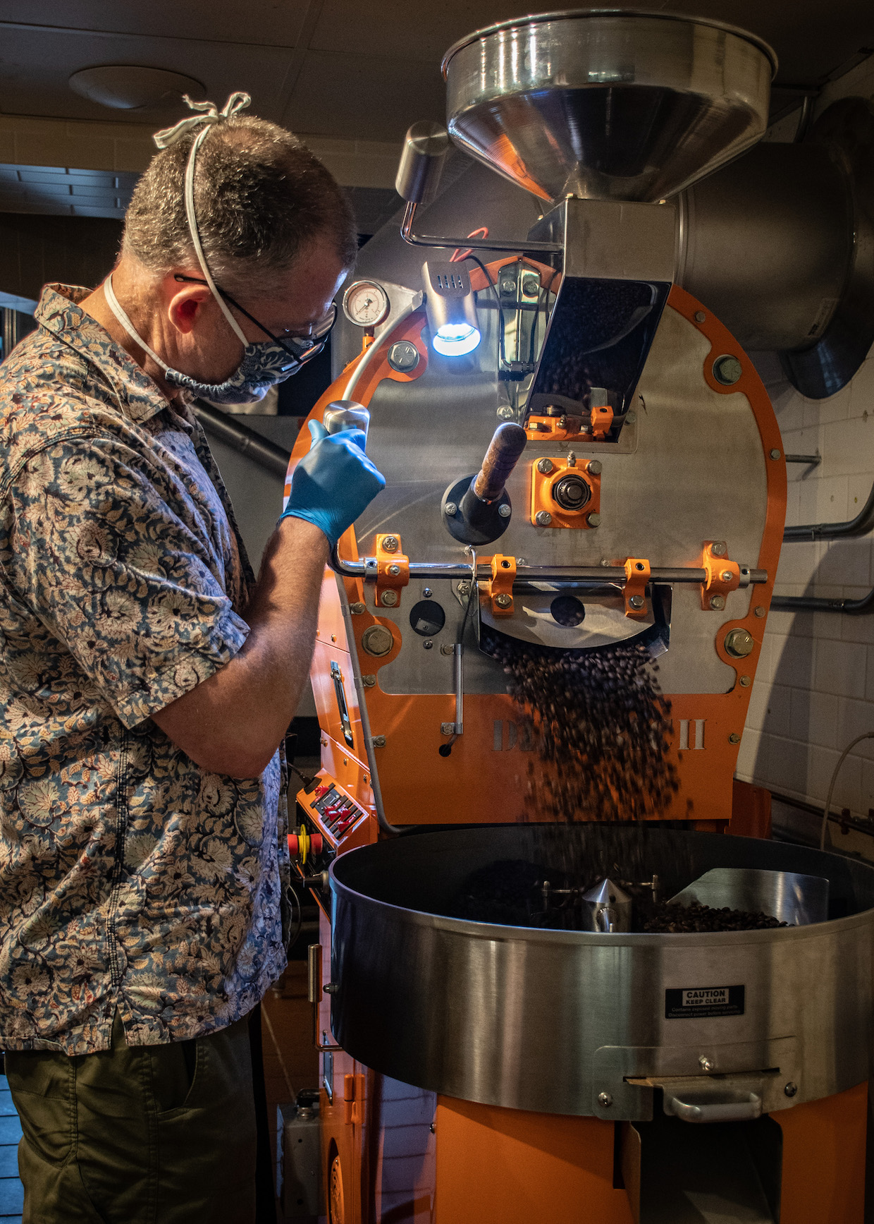 A Rising Tide Breakwater Roasters Lifts The Coffee Scene In Gloucesterdaily Coffee News By Roast Magazine