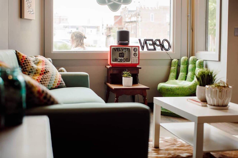 Velvet Robot Rockford