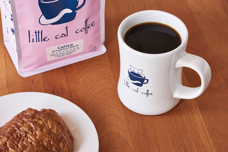 Little_Cat_Coffee_Lifestyle_2