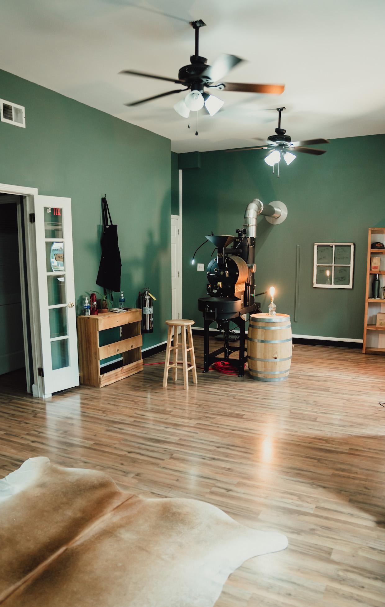 Daysol Coffee Lab inside