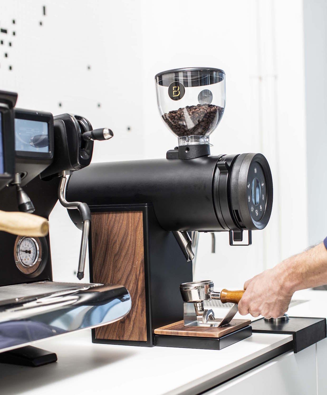 Brentwood Coffee Vertical 63 grinder 1