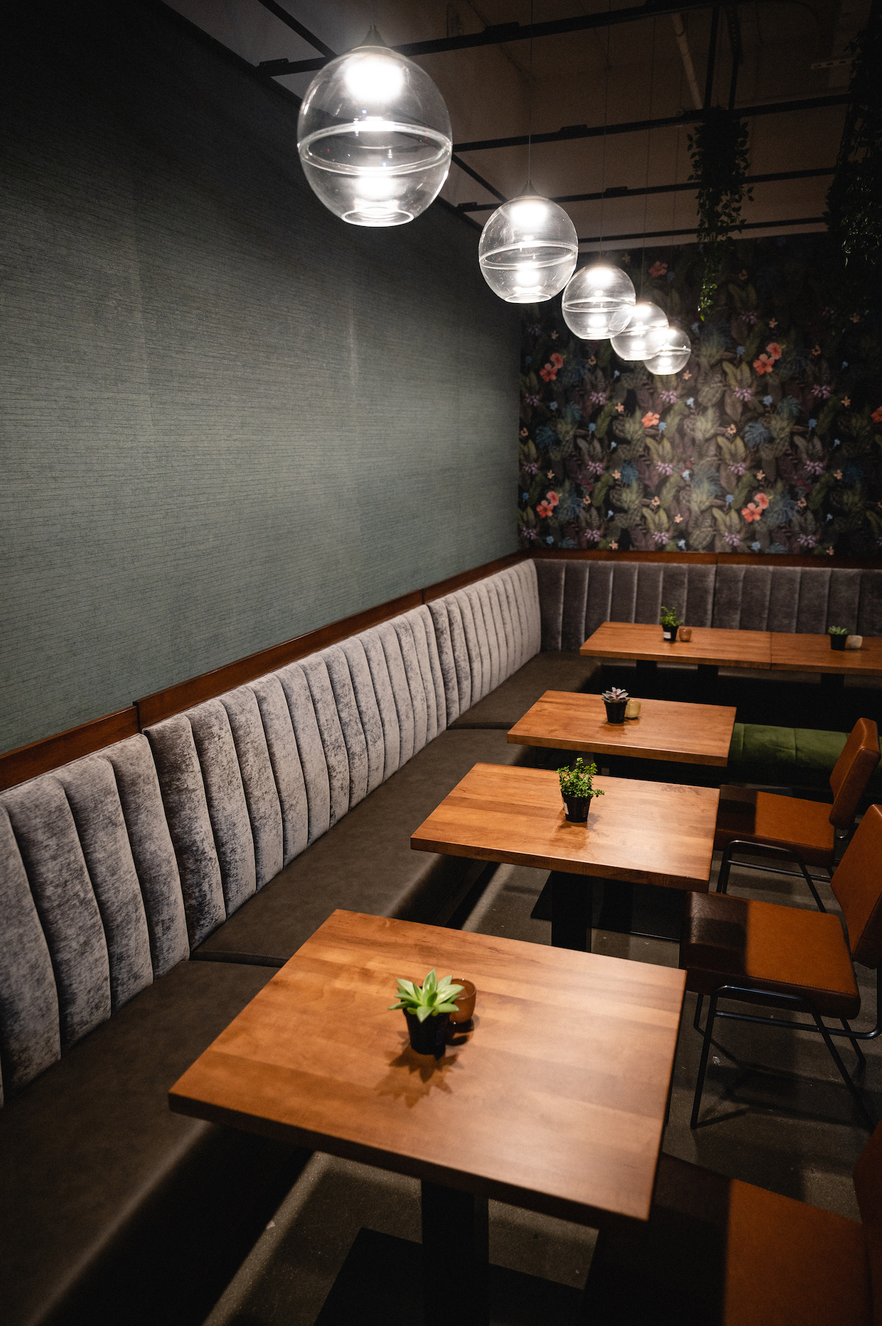 Rako Coffee Arlington seating